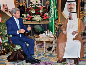 Secretary of State John Kerry and King Abdullah meet in Riyadh