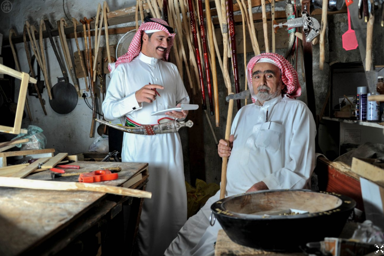 saudi-history-culture-agriculture-woodworking-historic4