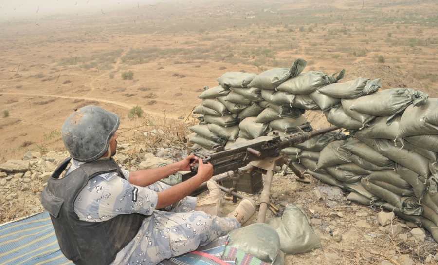 A Saudi soldier on the border with Yemen in Jazan.