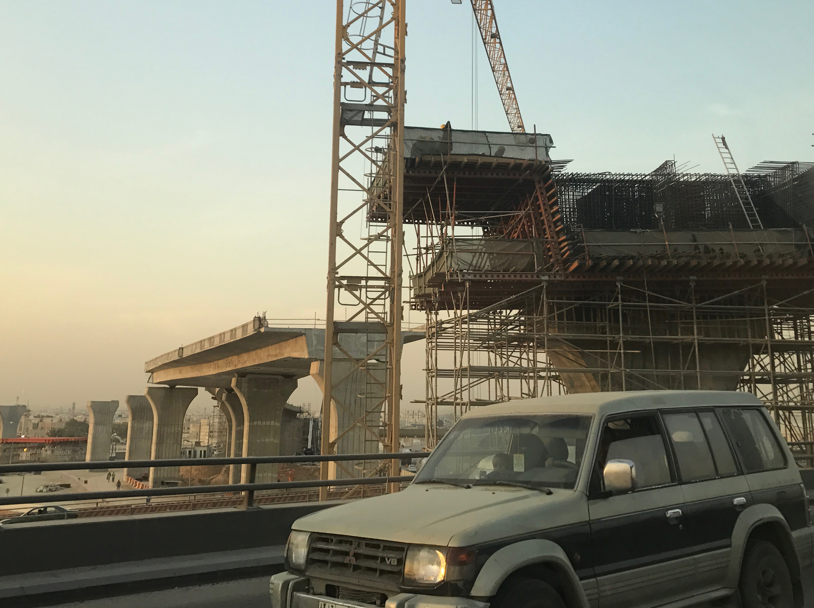 A portion of the Riyadh Metro under construction as of January 2017.